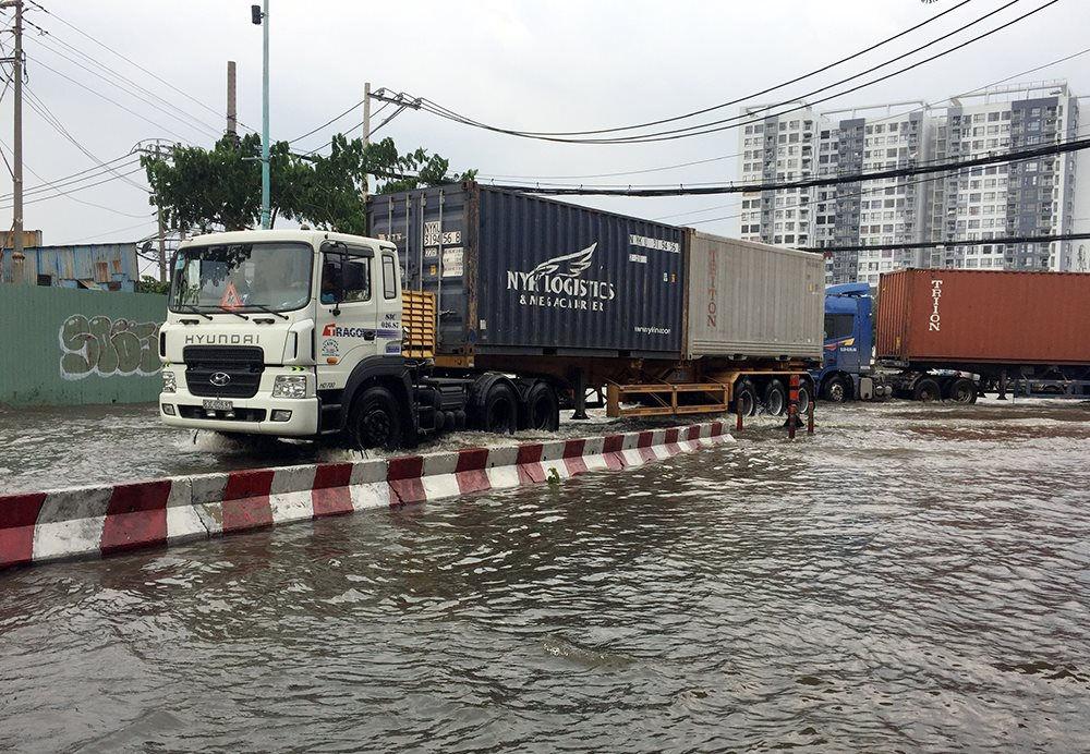 TP.HCM: Chủ động ứng phó ngập lụt, triều cường trong điều kiện dịch bệnh Covid-19 căng thẳng